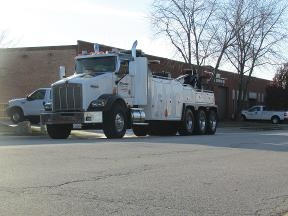 Suburban Towing & Recovery - Elk Grove Village, IL