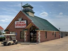 Securlock Storage At Hurst - Hurst, TX