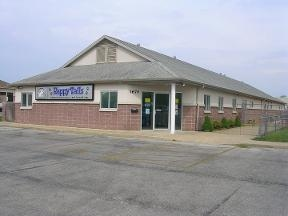 Happy Tails Doggie Daycare, Boarding & Grooming - Springfield, MO