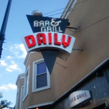 Daily Bar & Grill - Chicago, IL
