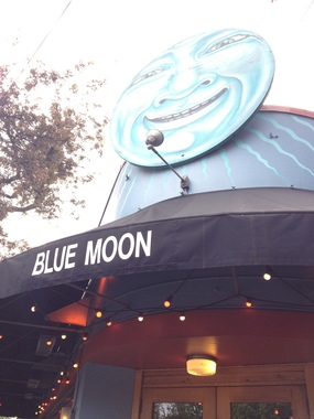 McMenamins Blue Moon Tavern & Grill - Portland, OR