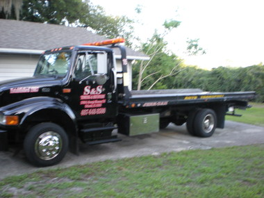 S & S Towing & Recovery - Orlando, FL