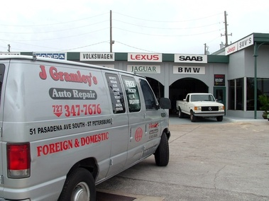 Maaco Collision Repair & Auto Painting - Saint Petersburg, FL