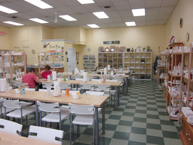 Busy Bees Pottery & Art Studio - Norristown, PA