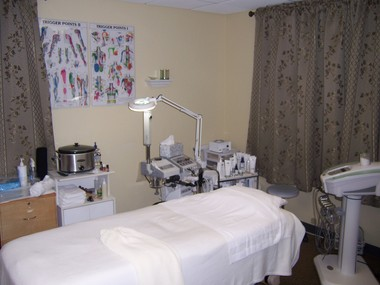 Gt Massage & Skin Care INC - Glen Ellyn, IL