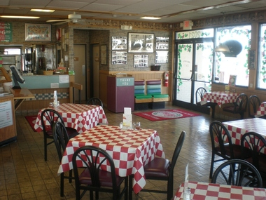 Sal's Pizza & Restaurant - Nashville, TN