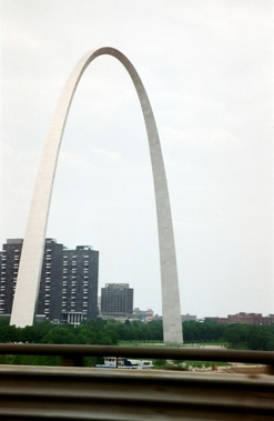 Gateway Arch Riverboats - Saint Louis, MO