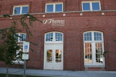 J Thomas Salon & Color Studio - Columbia, SC