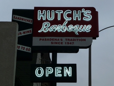 Hutch's Barbecue - Pasadena, CA