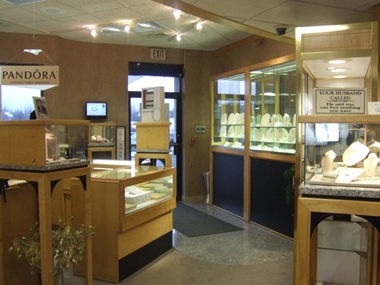 Richards Jewelers - Westfield, MA