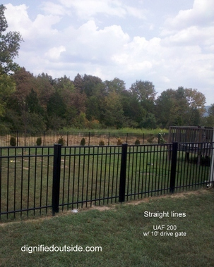 Dignified Outside / Ooltewah Fence Company - Ooltewah, TN