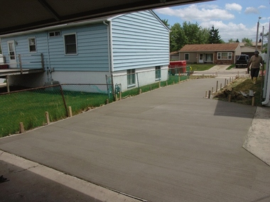 Chandler construction in morrow oh 45152 citysearch for Pouring your own concrete driveway