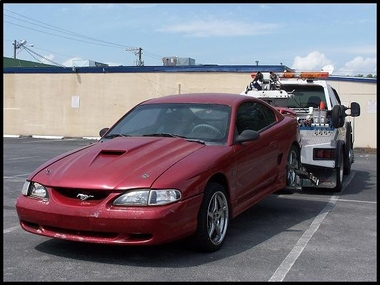 A FREE TOW - Susan Harris Impound Services - Tampa, FL