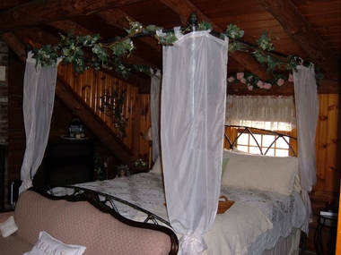 His Rest Bed and Breakfast - Freeburg, IL