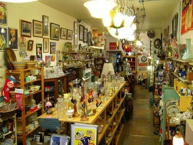 Bob & Judi's Collectibles - Brooklyn, NY