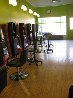Juut salonspa st paul in st paul mn 55105 citysearch for 526 salon st paul