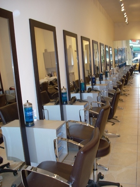 les portes de paris hair salon in new york ny 10065