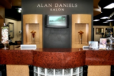 Alan daniels salon charlotte nc for 8 the salon charlotte nc
