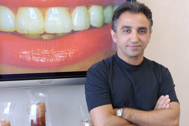 Noie, Farid, Dds - Unicare Dental - Webster, TX