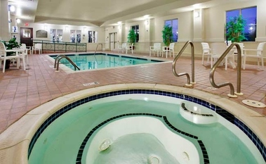 Holiday Inn Express & Suites CHAMBERSBURG - Shady Grove, PA