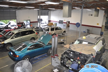 Car Glass Repair Near Me >> Caliber Collision Center - Milpitas, CA