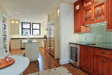 Ultimate kitchens baths inc in jamaica plain ma 02130 for Kitchen design unlimited