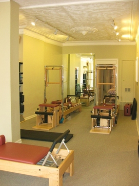 Flow Studios Pilates & Wellness - Chicago, IL