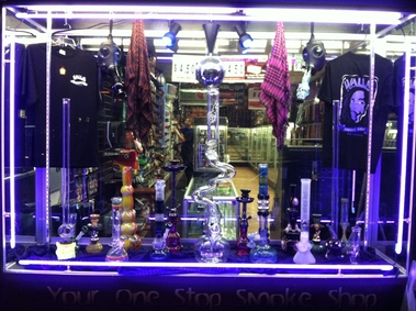 Walla's Smoke Shop - San Francisco, CA