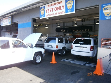 Woodside Auto & Tire INC - Redwood City, CA