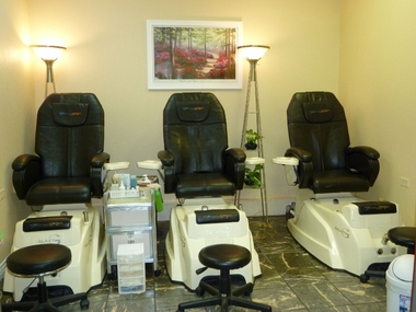 United nails llc in centennial co 80112 citysearch for 5th avenue salon