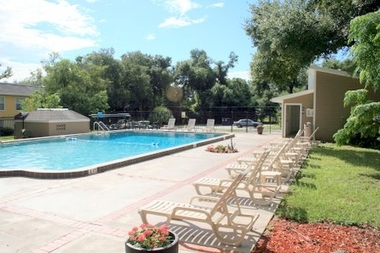 Country Place Apartments - Orlando, FL