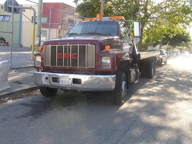 Andy's Towing Towing Auto - Berkeley, CA