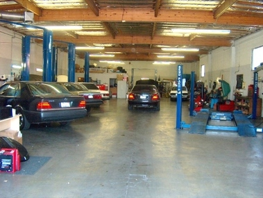 John 39 s auto care in torrance ca 90501 citysearch for Mercedes benz repair torrance ca