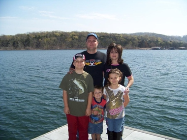 Lakeside resort in branson west mo 65737 citysearch for 417 salon branson west
