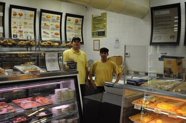 Manhattan Cafe - Bagels, Bakery and Deli - Cary, NC
