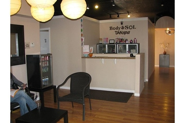 Body & Sol Tan Spa , tanning , massage , & Spray tan - Minneapolis, MN