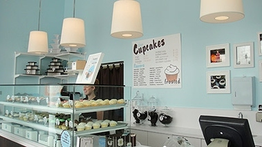 Frosted Cupcakery - Los Angeles, CA