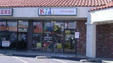 Kids Cuts & Waves - Newhall, CA