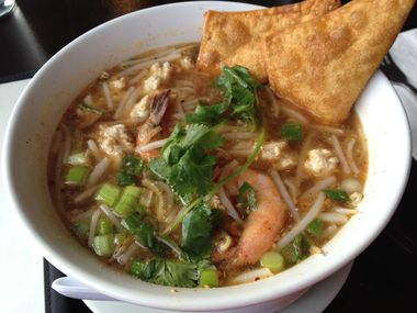 Authentic thai cuisine in portland or 97202 citysearch for Authentic thai cuisine portland or