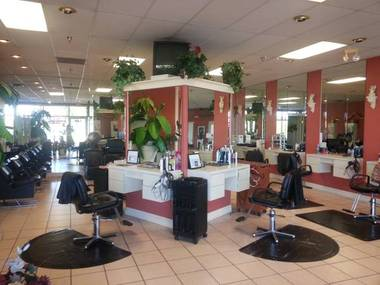 Golden Shears Salon And Spa - Webster, NY