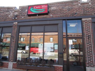 Local italian restaurants in chicago illinois 60640 with for The local italian menu