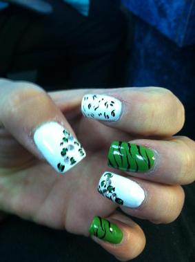Nails R Us - Westfield, MA