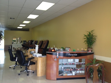 Us Nail Salon - Delray Beach, FL