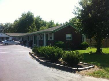 Green Crest Motel - Mount Orab, OH