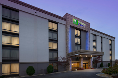 Holiday Inn Express BOSTON NORTH-WOBURN - Woburn, MA