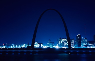 Gateway Arch & Old Courthouse - Saint Louis, MO
