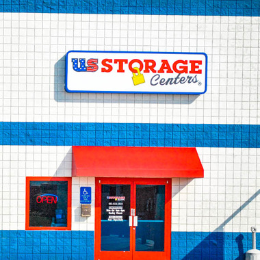 US Storage Center - Bakersfield, CA